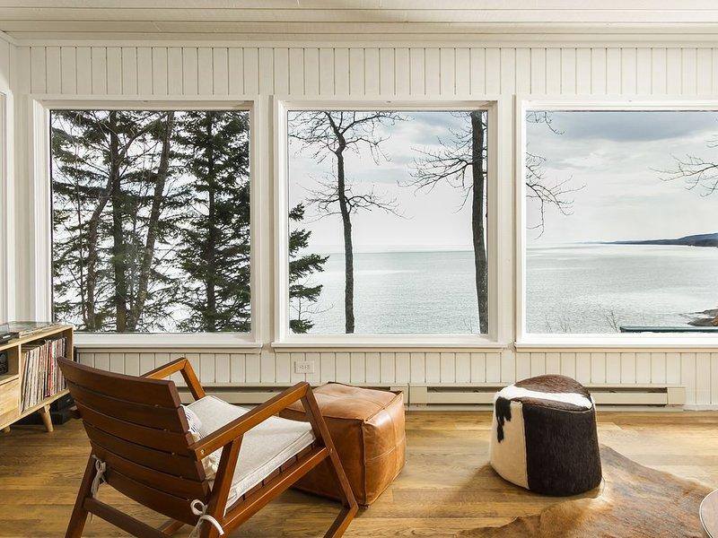 Beautiful Lutsen Home On Lake Superior, holiday rental in Lutsen
