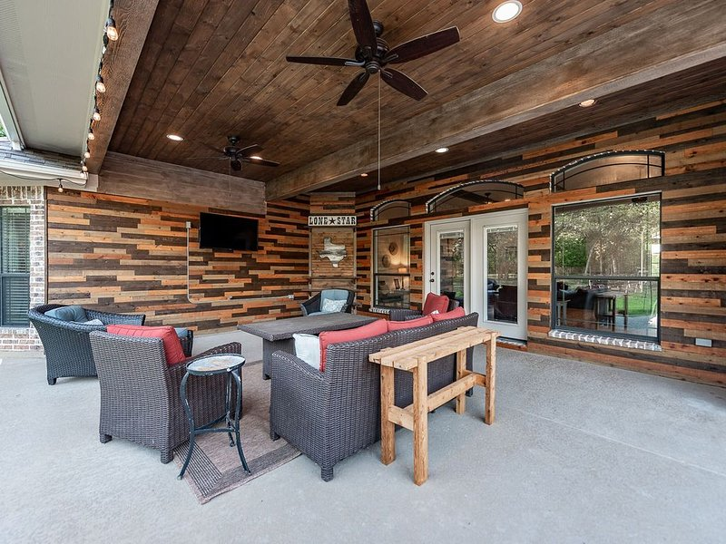 Your Aggieland Getaway, holiday rental in College Station