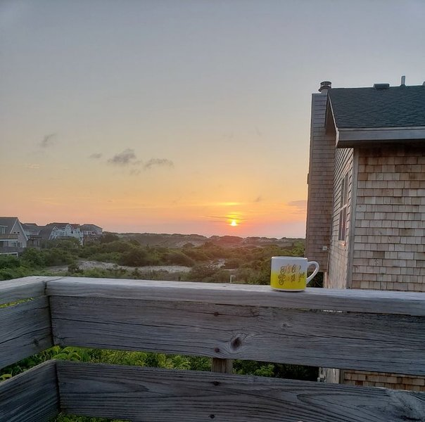 Oceanside with Ocean View and Comfort! – semesterbostad i Corolla