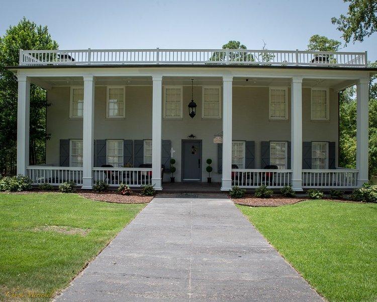 Southern Comfort----In East Texas Piney Woods, location de vacances à Flint