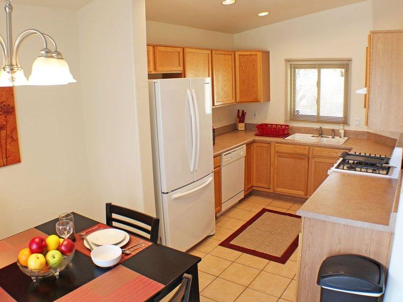 3bedrooms home w/comfortable mattress in Rita ranch, location de vacances à Vail