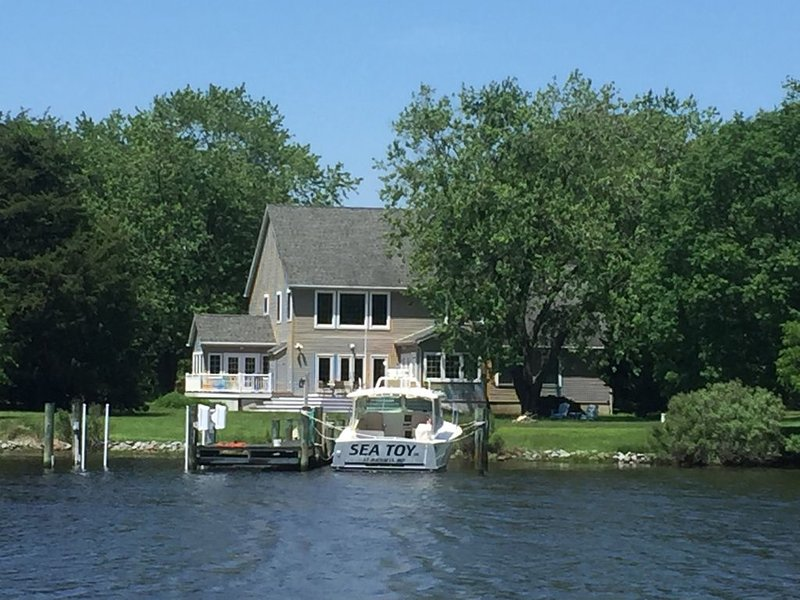 St. Michael's Waterfront Vacation Home, location de vacances à Talbot County