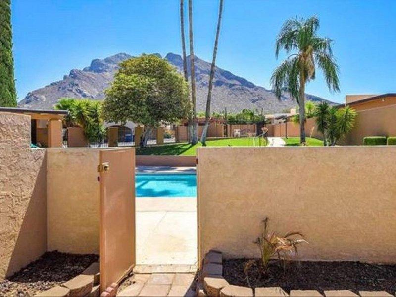 Available Now! 2 Bedroom / 2 Bath Townhome, alquiler de vacaciones en Casas Adobes