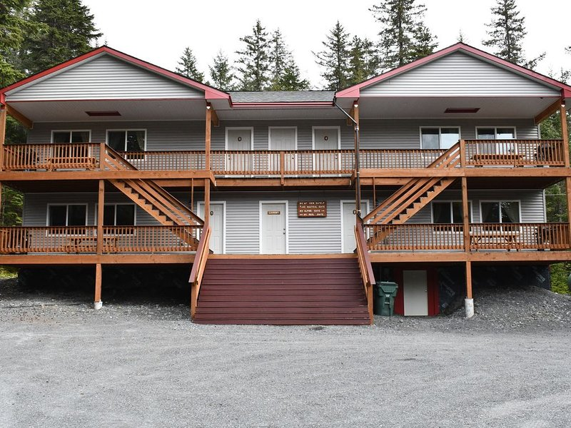 Enjoy this Newly Constructed Luxury Suite surrounded by Alaska's Natural Beauty, location de vacances à Seward