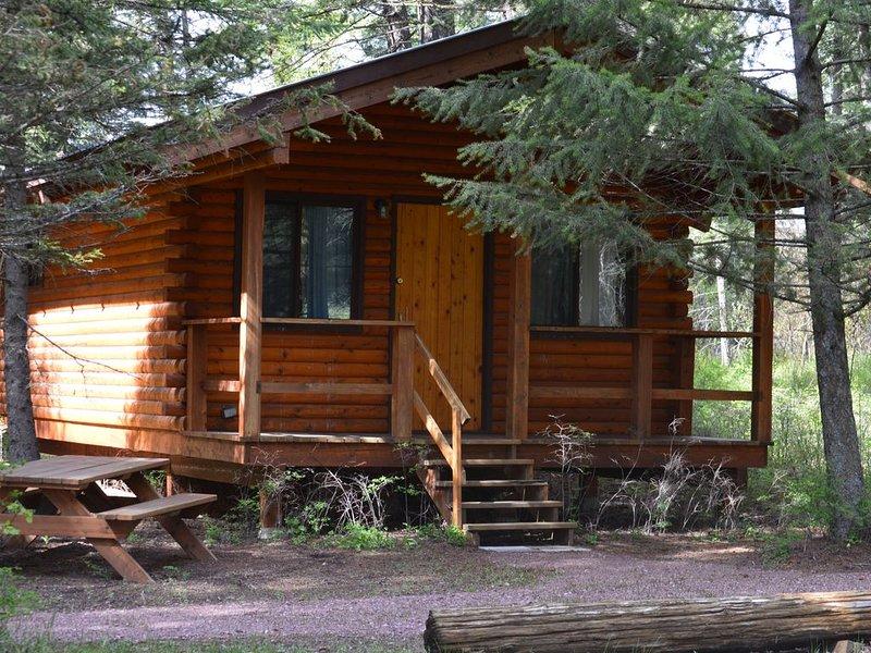 Willow Cabin at Columbia Mountain Ranch, alquiler de vacaciones en Columbia Falls