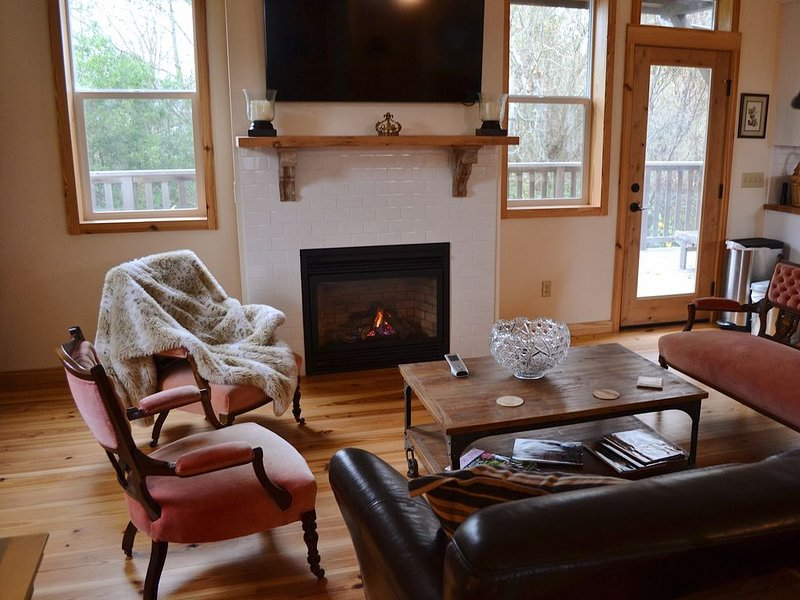 Luxury walk to downtown, vacation rental in Arcata