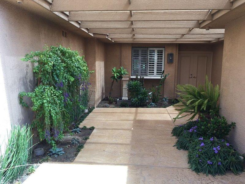 Beautiful Condo in Rancho Mirage!, holiday rental in Rancho Mirage