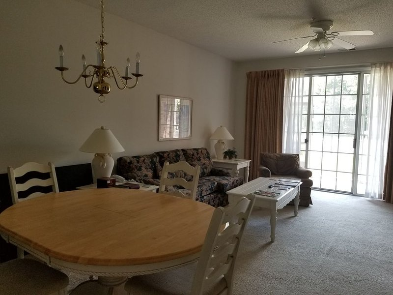 Barefoot Resort and Golf Condo, 2 Bedrooms 2 Baths, vacation rental in North Myrtle Beach
