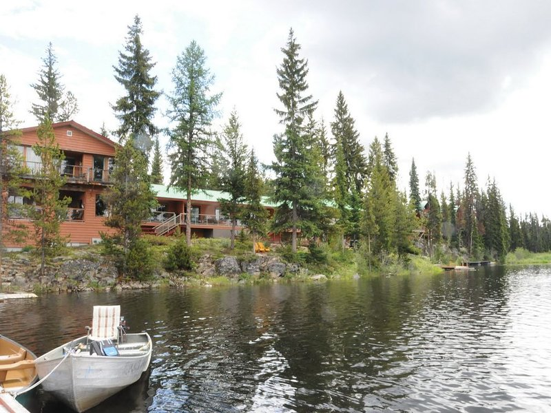 Lakeside Lodge Suite at a Wilderness Resort, casa vacanza a Idabel Lake