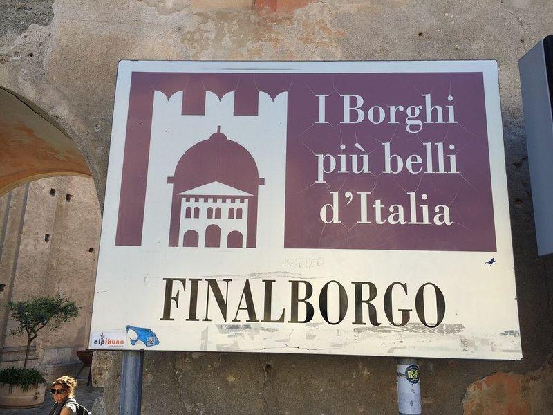 Finalborgo, reconhecido como uma das mais belas aldeias da Itália.