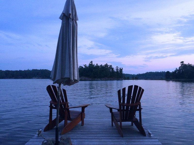 The Modern Cottage - Georgian Bay - Luxury Waterfront Retreat - 24 Acres – semesterbostad i Northeastern Ontario