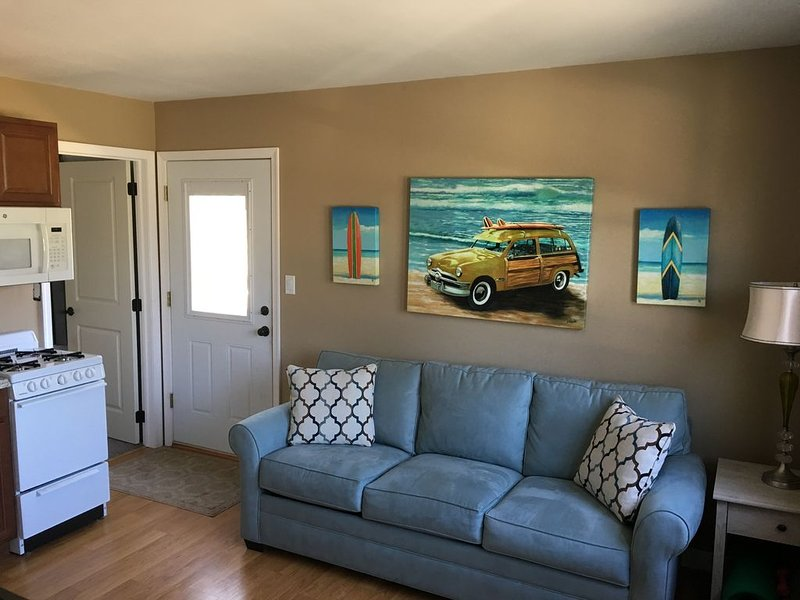 Seashore Suite just minutes from Cape May beaches., holiday rental in Lower Township