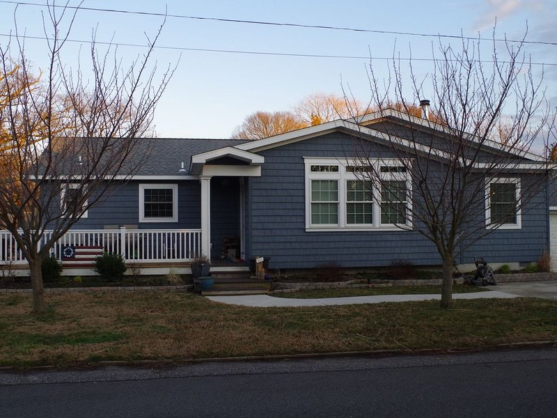 Town Bank Beach House Just Outside Of Cape May, holiday rental in Lower Township
