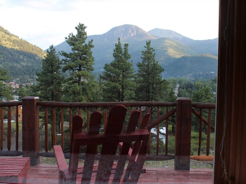 Marmot Manor - Amazing Views of Lake City and Surrounding Mountains, holiday rental in Lake City