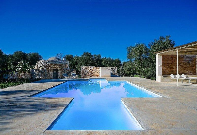 Villa Madrevita: Una caratteristica e accogliente villa nello stile caratteristi, vacation rental in Carovigno