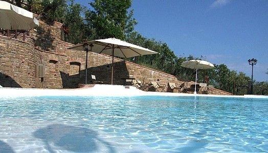 Casa Rosamunda A: Un grazioso appartamento che è parte di una villa., vacation rental in Casal Velino