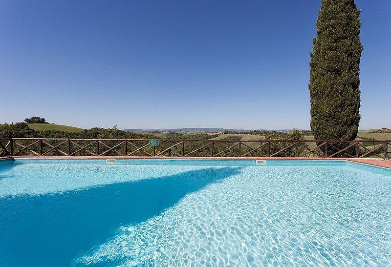 Casa Giobatta E: Un caratteristico e accogliente appartamento che è parte di un, Ferienwohnung in Monteroni d'Arbia