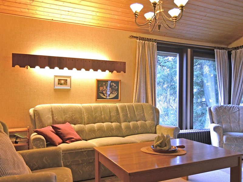 Cosily Furnished Bungalow With Peaceful Neighbourhood, location de vacances à Meschede