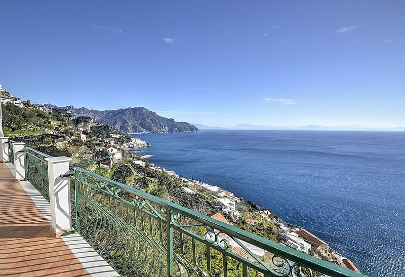 Casa Annabella, rimborso completo con voucher*: Un luminoso e solare appartament, alquiler de vacaciones en Amalfi