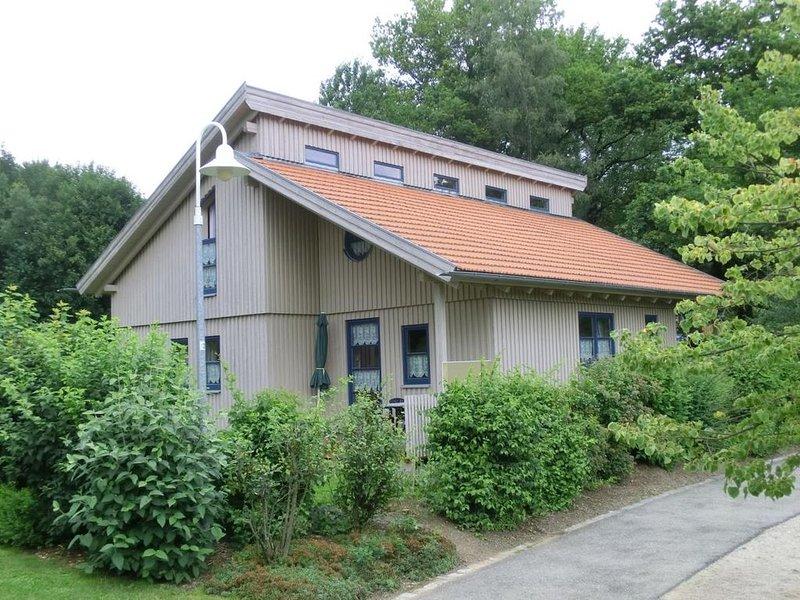 Ferienhaus Waldmünchen Ta2 70qm bis 6Pers (14a) WLAN und Erlebnisbadnutzung inkl, holiday rental in Treffelstein