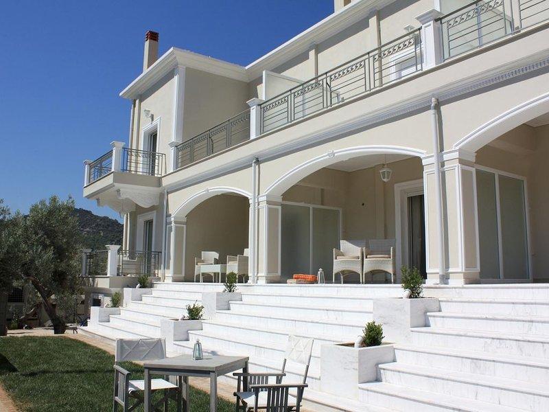 Perfekte Ferien im Ferienhaus nah zum Strand mit Pool, Wifi | Korinthia, Pelopon, holiday rental in Sofiko