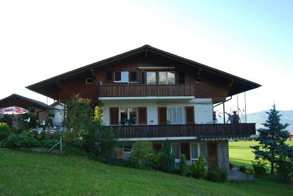 Ferienwohnung Aeschi b. Spiez für 2 Personen mit 1 Schlafzimmer - Ferienwohnung, vacation rental in Spiez