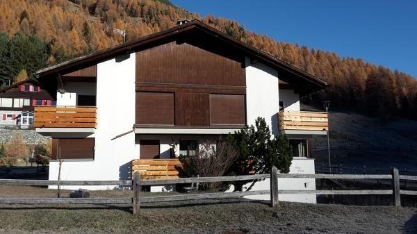Ferienwohnung Bever für 5 Personen mit 2 Schlafzimmern - Mehrstöckige Ferienwohn, casa vacanza a La Punt-Chamues-ch
