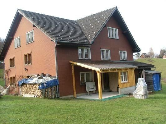 Ferienwohnung Nesslau für 4 - 8 Personen mit 4 Schlafzimmern - Ferienwohnung, holiday rental in Krummenau