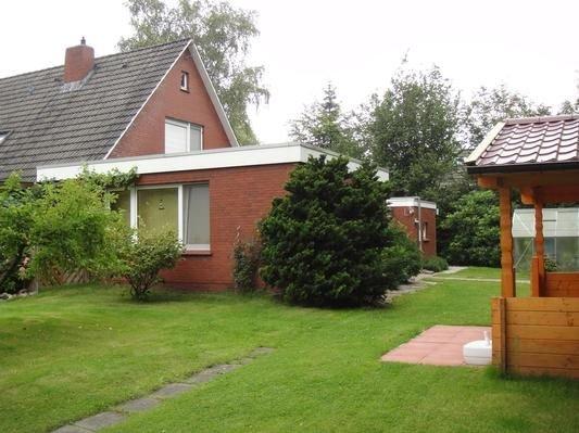 Ferienwohnung Hage für 1 - 2 Personen - Ferienwohnung, vacation rental in Leezdorf