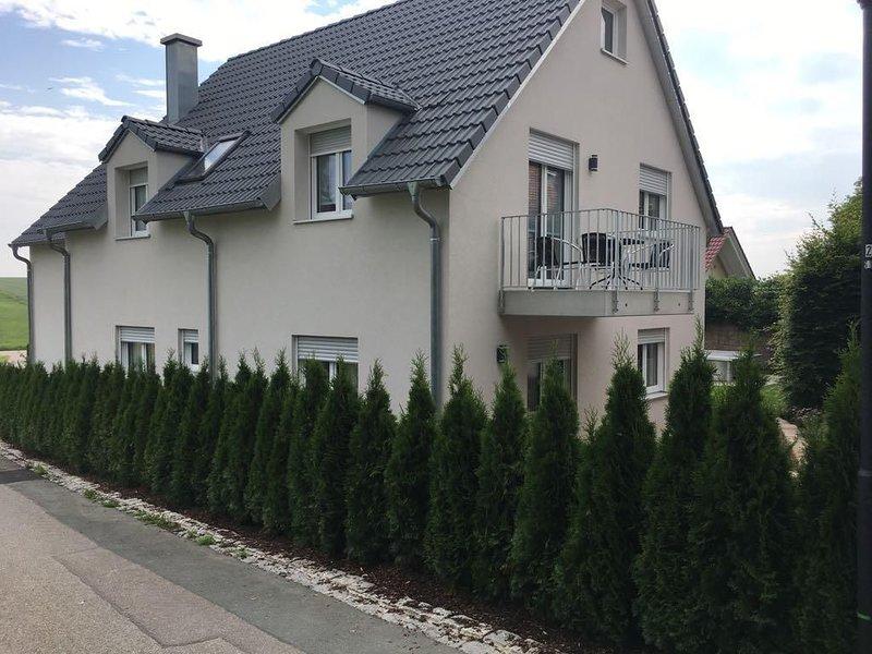 Ferienwohnung Hilgertshausen für 1 - 5 Personen mit 2 Schlafzimmern - Ferienwohn, holiday rental in Augsburg