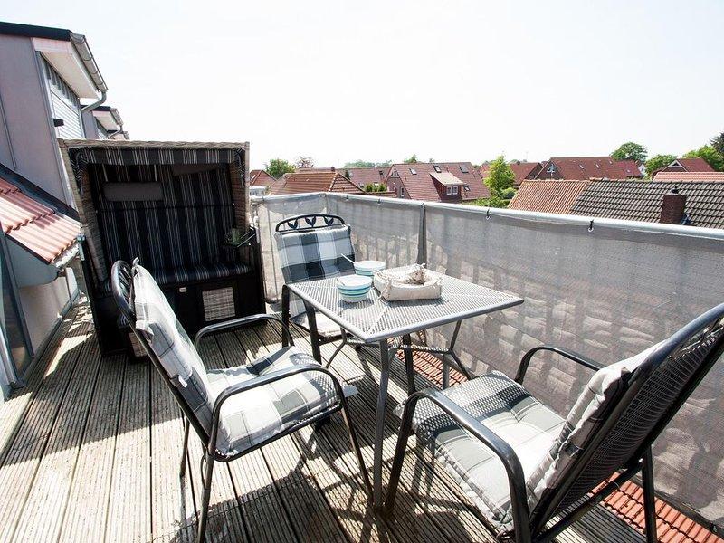 Neuzeitlich und modern: Die helle Wohlfühl- Obergeschoss-Maisonette- Wohnung (Ne, holiday rental in Carolinensiel