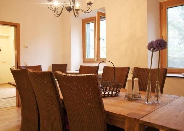 Ferienhaus Neumagen-Dhron für 1 - 12 Personen mit 6 Schlafzimmern - Ferienhaus, holiday rental in Waldrach