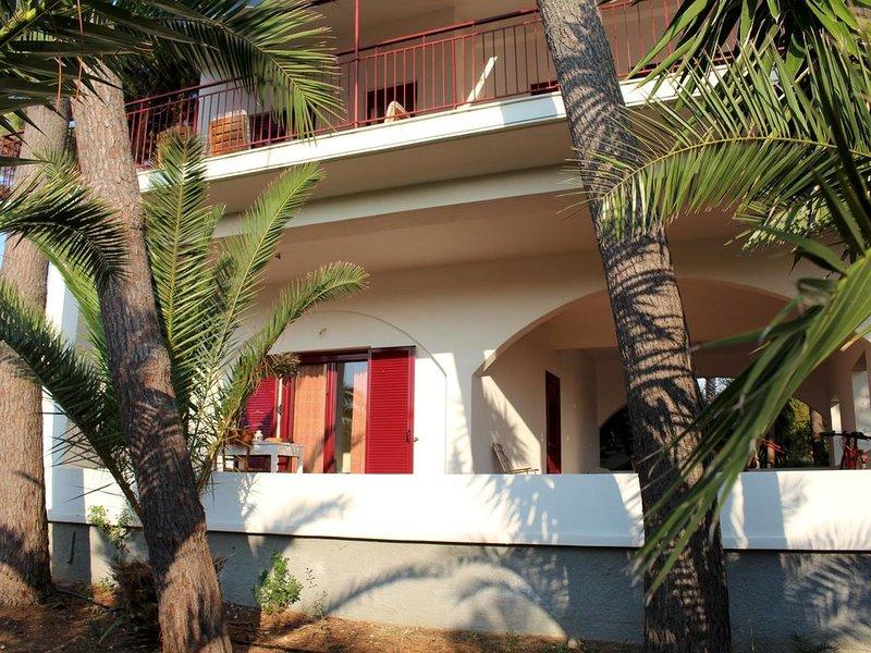 Gemütliche Ferienwohnung, nah zum schönen Strand, Wifi | Messenien, Peloponnes, holiday rental in Neochori
