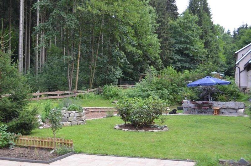 Ferienhaus Eibenstock für 2 - 6 Personen mit 3 Schlafzimmern - Ferienhaus, vacation rental in Eibenstock