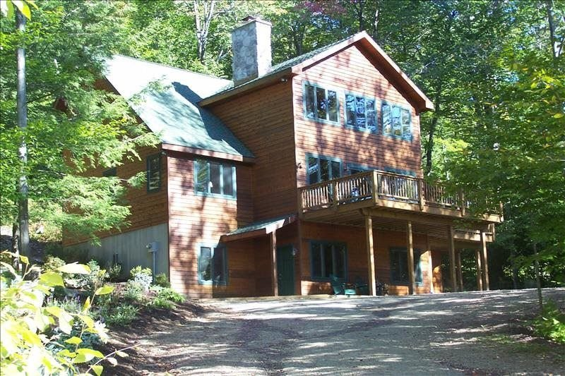 Spacious year round 'Northwood's' home, location de vacances à Eagles Mere