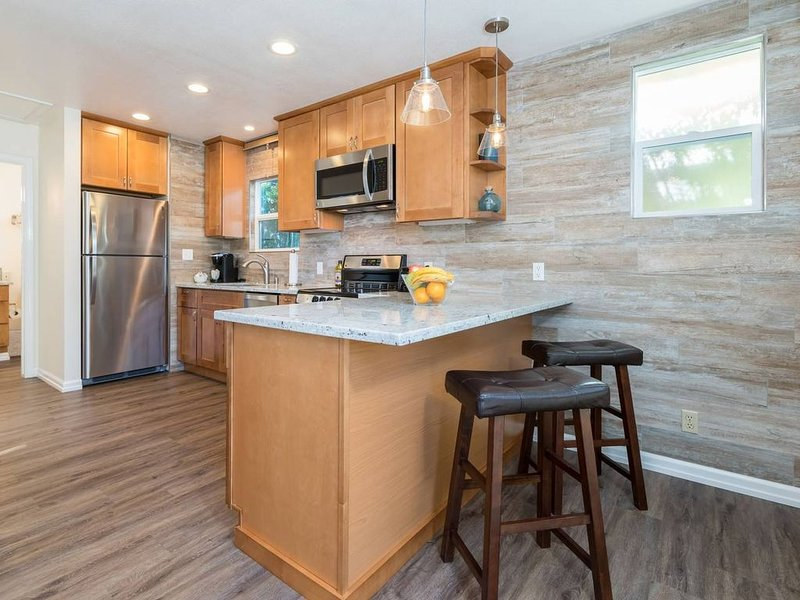Newly Remodeled Cottage Near Downtown MV and Goog, vacation rental in Sunnyvale
