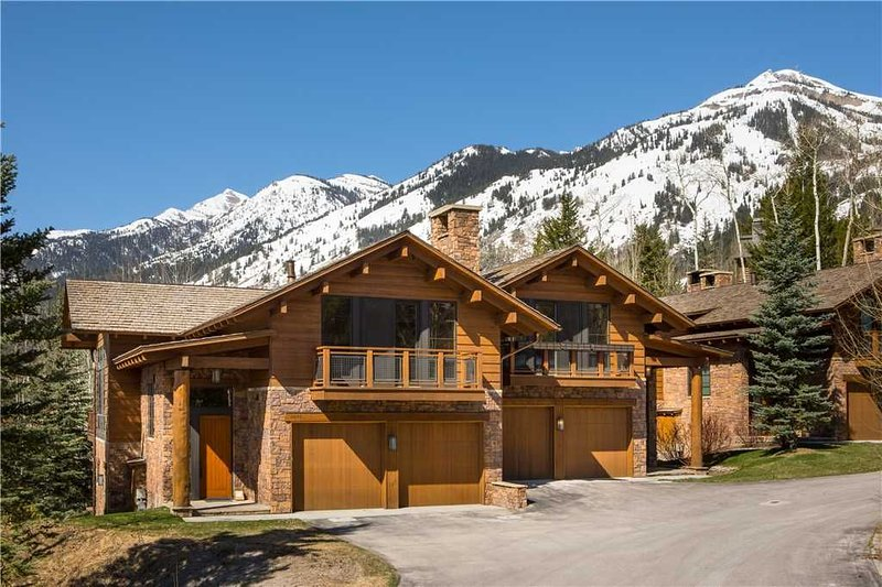 RMR: Teton Village in Granite Ridge : 3 BR townhouse Sleeps 8 + Free Fun!, alquiler de vacaciones en Teton Village