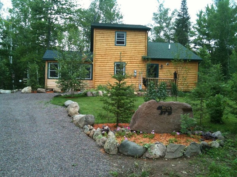 Cabin On the Thornapple River, holiday rental in Weyerhaeuser