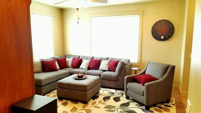 Mt View Home-Close to Golf/Skiing/Trailheads, holiday rental in Brigham City