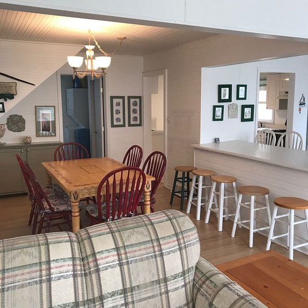 Beautiful Cozy Cottage in Assembly Park., vacation rental in Elkhorn
