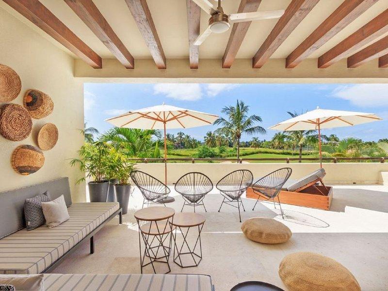Condo Terramar: a spectacular 4-bedroom condo in Punta Mita, golf-cart included, holiday rental in Punta de Mita