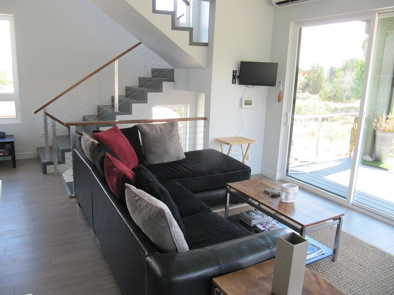 The Kasbah Home - beautiful, clean ultra modern home with Star Deck, location de vacances à Kanab
