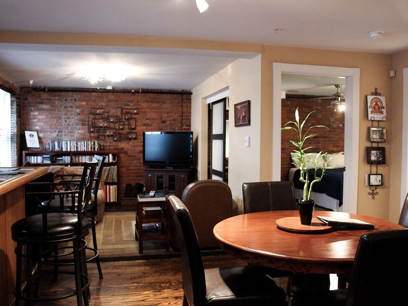 Welcome to the Derby City Loft!, holiday rental in Jeffersonville
