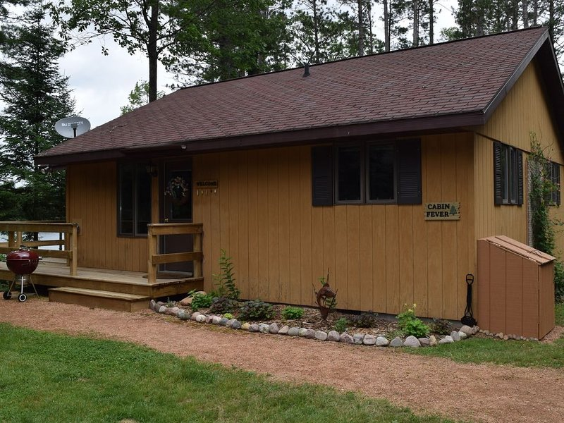 Lake Front Cabin Openings in September and October, holiday rental in Boulder Junction