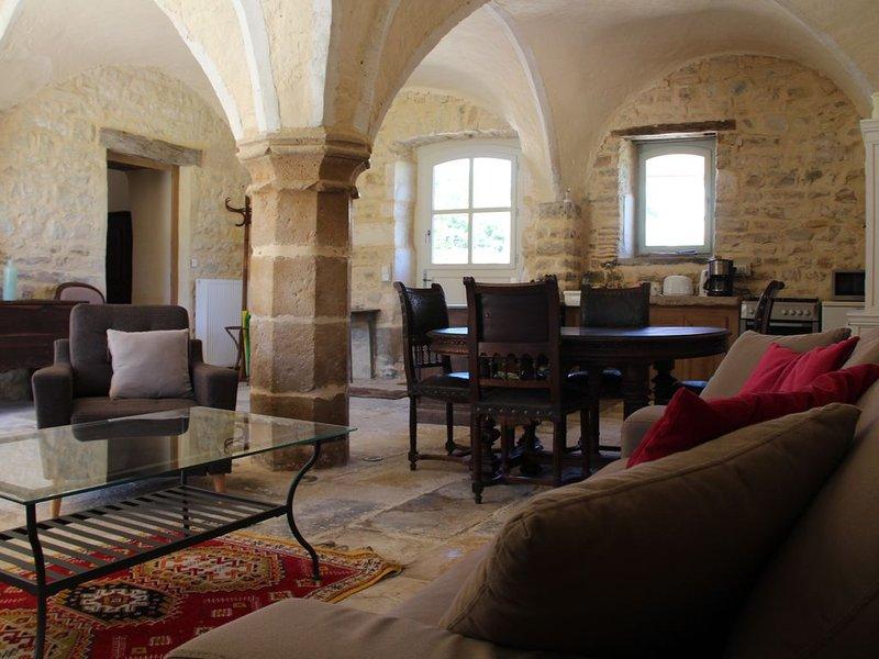 Bourgogne - Gite 4 personnes  - accessible personnes mobilité réduite, location de vacances à Arcy-sur-Cure