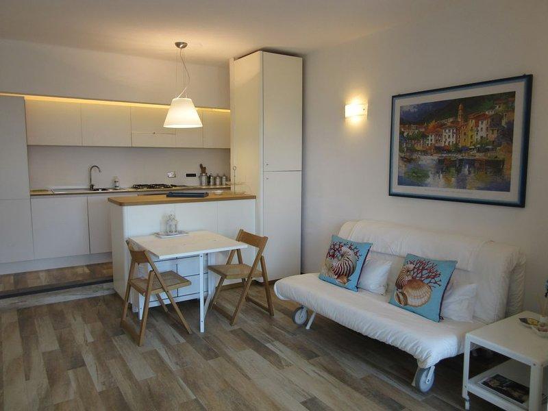 Un esclusivo ed elegante rifugio sul Golfo del Tigullio WI-FI Gratuito, vacation rental in Leivi