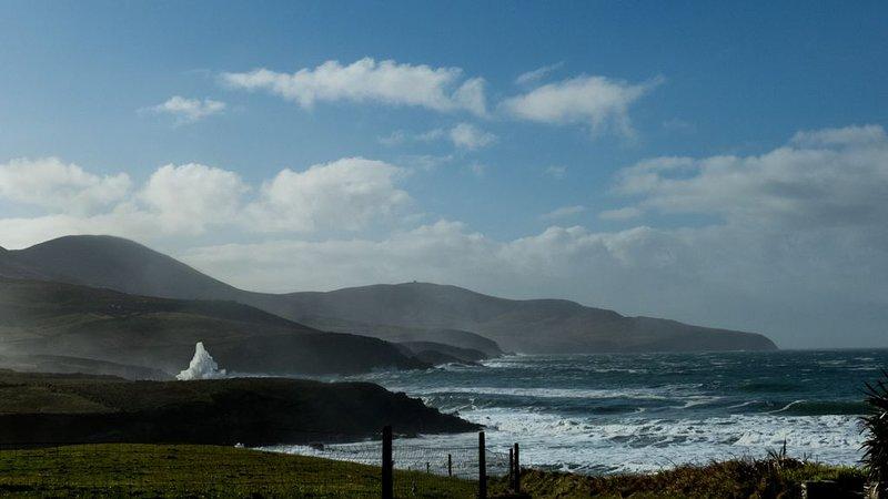 Fußläufig zum rauschenden Atlantik an St.Finian´s Bay mit Strand in Co.  Kerry., vacation rental in Valentia Island