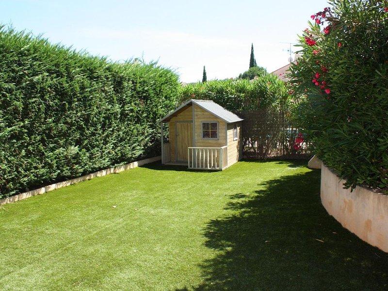Appartement T3 vacances mer rez de jardin st aygulf, location de vacances à Fréjus