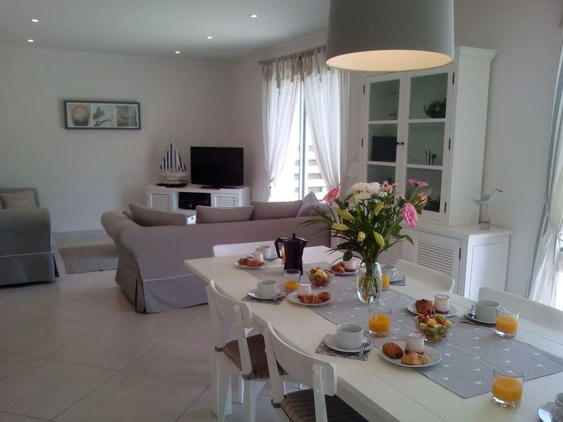 Maison 'L'Agapanthe', holiday rental in Ile-de-Batz