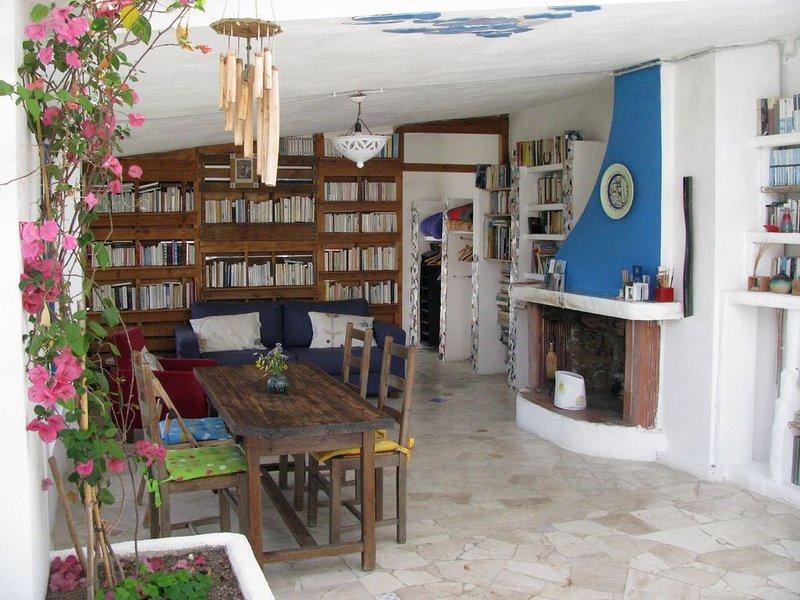 Convient personnes recherchant le calme et la nature, holiday rental in Dorgali